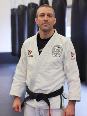 graciejiujitsugouda_d-jitsu_brazilian-jiu-jitsu_bjj_self-defense_danny-kruithof_wie-ben-ik3-300x400