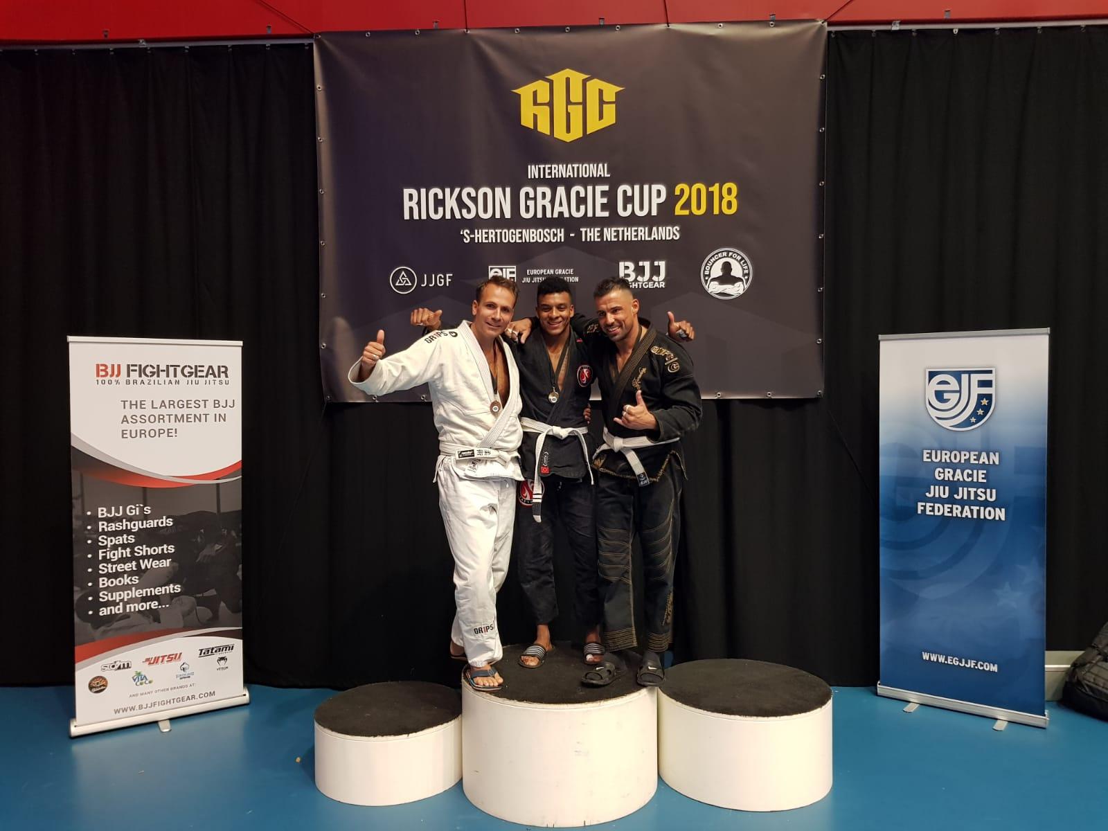 gracie-jiu-jitsu-gouda_bjj-braziliaans-jiu-jitsu-zelfverdediging_selfdefense-logo-dojo-rickson-gracie-cup-2018-sebastiaan-brons-1