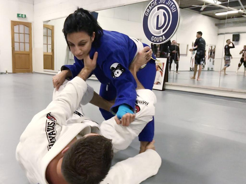 buse_flikken-rotterdam_seminar_egjjf_gracie-jiu-jitsu-gouda_bjj-braziliaans-jiu-jitsu-zelfverdediging_selfdefense2