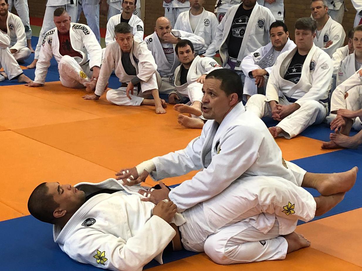 saulo-ribeiro_seminar_egjjf_gracie-jiu-jitsu-gouda_bjj-braziliaans-jiu-jitsu-zelfverdediging_selfdefense-13