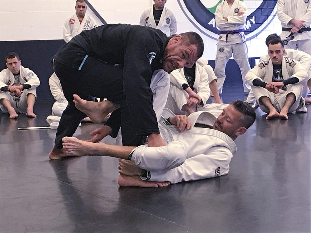 rafael-lovato_seminar_rotterdam-ribeiro_egjjf_gracie-jiu-jitsu-gouda_bjj-braziliaans-jiu-jitsu-zelfverdediging_selfdefense-4